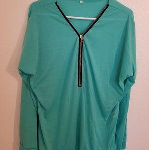 Tops - 🤑2/$35 NWOT Sea Green Longsleeve Shirt